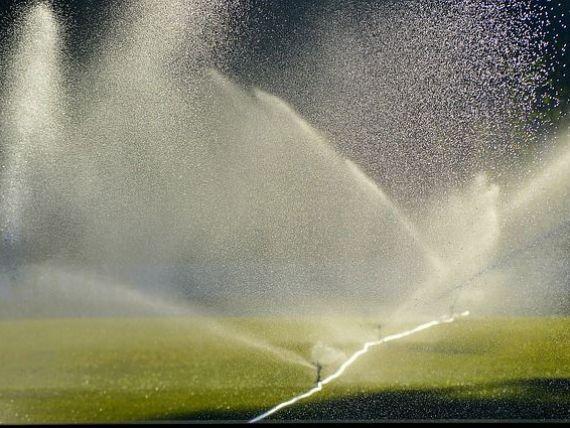 Fermierii care îşi modernizează sistemele de irigaţii vor primi cel mult 30% din investiţie din fonduri UE