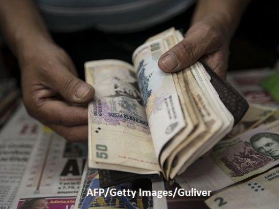 Argentina intră într-o nouă criză. Banca centrală majorează dobânda cheie la 60%, cel mai ridicat nivel din lume