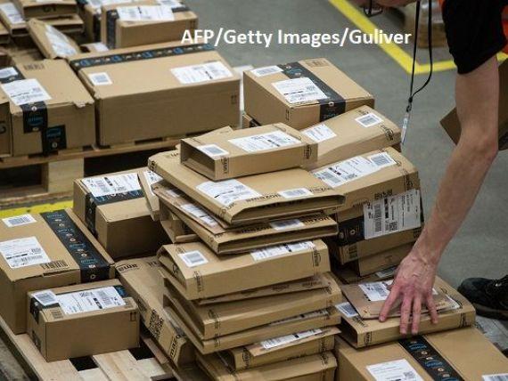 Gigantul de retail Amazon angajează 100.000 de persoane, ca urmare a creșterii masive a cumpărăturilor online, și crește salarii