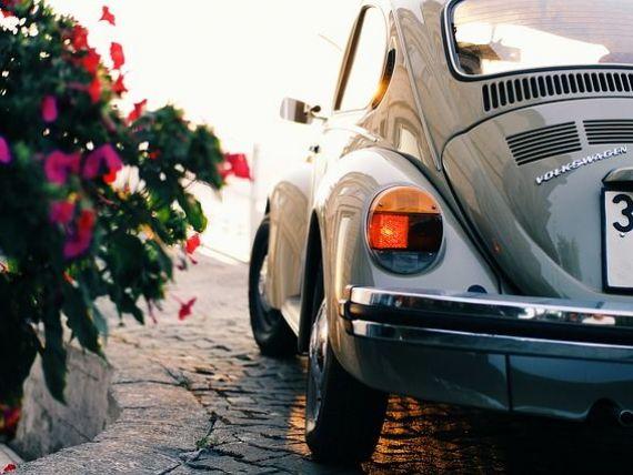 Sfârșit de epocă pentru Volkswagen. Ultima  Broscuță  iese din fabrică în această săptămână. Istoria celui mai iubit model al nemților, pe care îl construiesc din 1938
