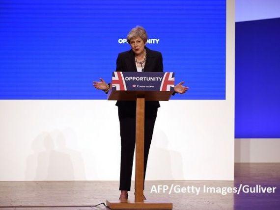 Theresa May recunoaște că ieșirea din UE fără acord ar avea efecte dezastruoase.  Dar prefer un Brexit fără niciun acord, decât un acord care să aducă scindarea Marii Britanii