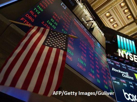 Bursa americană s-a prăbușit, după majorarea ratelor dobânzilor. Unda de șoc se propagă în Asia și Europa. Trump:  Cei de la Fed cred că au înnebunit