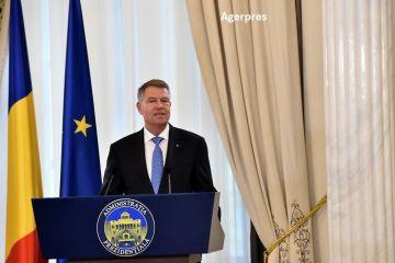 Klaus Iohannis spune că va desemna un nou premier luni sau marți.  Susțin alegerile anticipate, dar numai după prezidenţiale