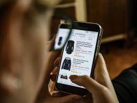 Colliers: Retailerii care vând şi online estimează afaceri în creştere chiar şi cu peste 50%, în acest an