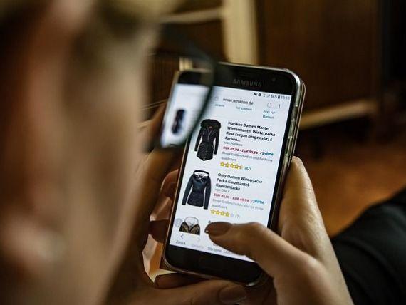 Comerţul electronic a ţinut economia deschisă şi în mişcare pe toată perioada pandemiei şi ar putea marca o creştere de 30% până la sfârşitul anului