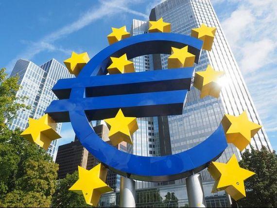 Europa intră în criză. Economia zonei euro a încetinit semnificativ în aprilie. Avertismentul BCE