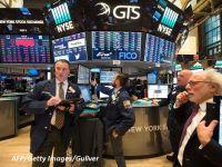 Piețele financiare par să-și revină, după prăbușirea din săptămânile anterioare. Indicii americani și bursele europene au închis pe creștere, pentru a doua zi consecutiv