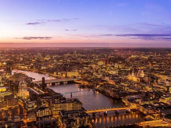 City-ul londonez se prăbușește, după Brexit: 800 mld. euro vor ieși din capitala Regatului și 10.000 de joburi ar putea dispărea. Care va fi noul centru financiar al Europei