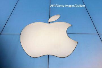 Apple ar putea fi dată în judecată pentru că a ascuns scăderea cererii de iPhone-uri, provocând acţionarilor pierderi de zeci de mld. dolari