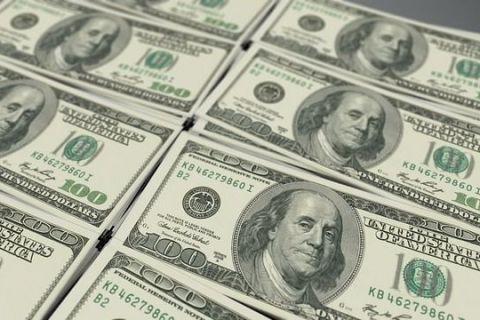 Bloomberg: Rusia a trimis cu avionul sute de milioane de dolari și euro în numerar în Venezuela