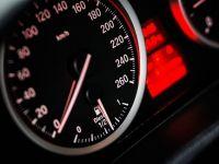 Toate maşinile vândute în UE vor avea dispozitive de limitare a vitezei și aparate de înregistrat date