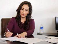 Femeia peste 45 de ani, greu de angajat. Cu ce dificultăți se confruntă femeile pe piața muncii din România