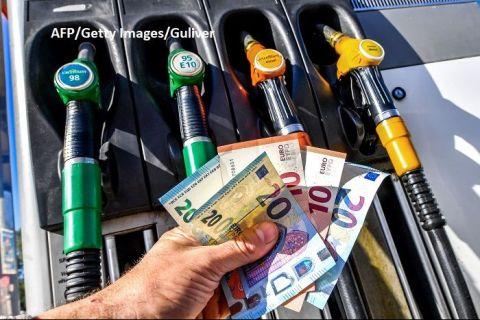 România a înregistrat a treia cea mai mare scădere a prețului la benzină din Europa, în prima parte a anului. Elveţia şi Luxemburg au cei mai ieftini carburanți, raportat la salarii