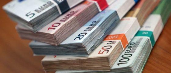 Der Spiegel: Germania vrea să pună la dispoziţia firmelor afectate de COVID-19 un fond de jumatate de trilion de euro