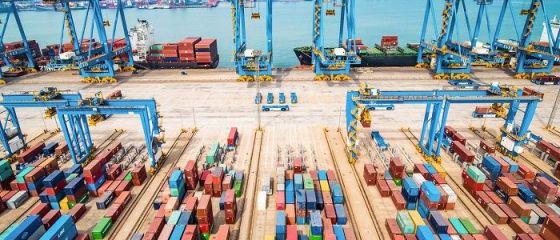 Deficitul comercial al României a crescut cu jumătate de mld. euro în primele 7 luni și se apropie de 10 mld. euro