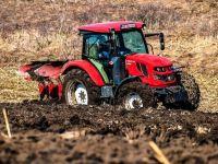 2019, anul în care tractorul românesc a renăscut, după distrugerea unei industrii care făcuse România cunoscută în lume, în perioada comunistă