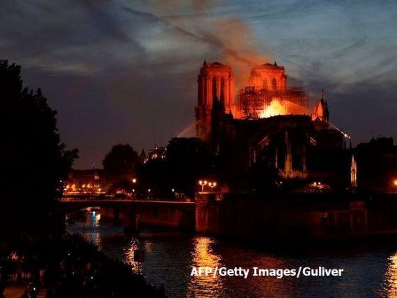 Miliardarii francezi, care dețin cele mai cunoscute branduri mondiale de lux, donează sute de mil. euro pentru reconstrucția catedralei Notre Dame
