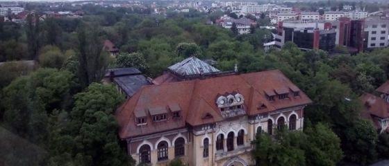 ANAF se mută în casele lui Dan Voiculescu. Fiscul vrea 3 hectare de teren şi clădiri confiscate de la fostul senator, pentru uz propriu
