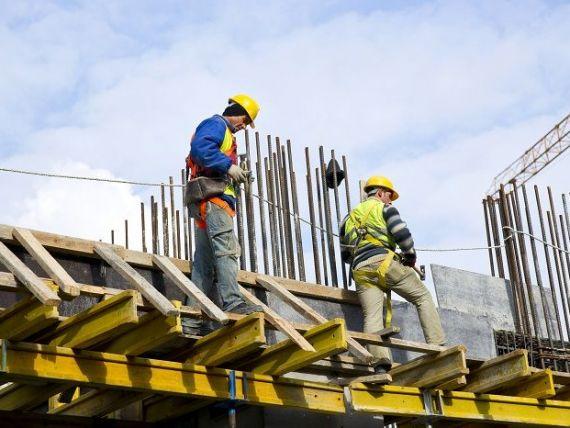 (P) De ce angajații trebuie să poarte echipamente de protecție?