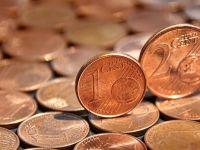Economiștii anticipează o depreciere semnificativă a leului în următoarele luni. La cât va ajunge cursul