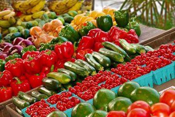 Micii producători de legume și fructe își pot vinde produsele în magazinele Kaufland din România, cât timp piețele sunt închise din cauza pandemiei
