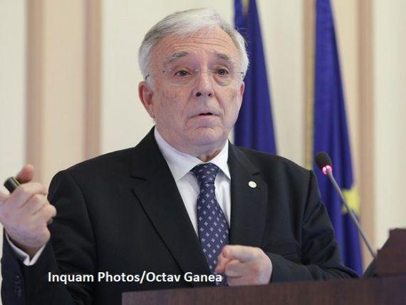 Isărescu anunță o  surpriză plăcută  pentru săptămâna viitoare: inflația coboară sub 4%.  Inflație galopantă nu va fi în România, dar s-a stimulat prea mult consumul