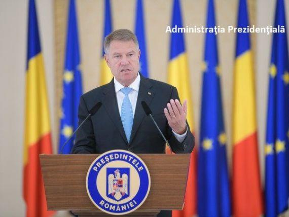 Iohannis a promulgat legea privind dublarea alocațiilor pentru copii