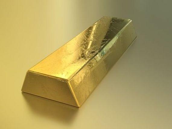 Prețul aurului doboară al optulea record în luna august, pe fondul turbulențelor de pe piețele finaciare