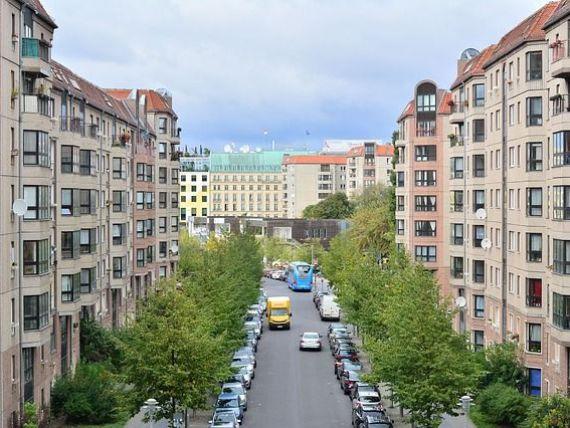 Măsuri drastice pentru controlul chiriilor în capitala celei mai mari economii a Europei. Autoritățile plafonează prețurile și lovesc marii proprietari de locuințe
