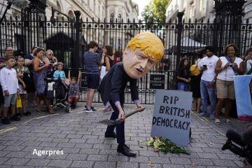Criza politică din Marea Britanie se adâncește, după ce regina a aprobat suspendarea Parlamentului, înainte de Brexit: bdquo;E o lovitură de stat