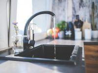 Bucureștenii, fără apă caldă din octombrie. ELCEN ar putea sista livrarea agentului termic către RADET