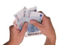 Portugalia majorează salariul minim cu 6%, care rămâne însă cel mai mic din Europa Occidentală