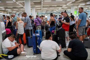 Ce se întâmplă cu turiștii plecați în vacanță cu Thomas Cook, după ce touroperatorul și-a anunțat luni falimentul. Compania, vândută integral sau pe bucăți