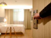 Criză de personal în hoteluri. Ce a făcut un patron ca să nu piardă 200 de angajaţi