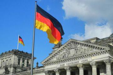 Bundesbank avertizează că cea mai mare economie a Europei ar putea suferi un  regres important , dacă restricțiile antiepidemice vor fi prelungite