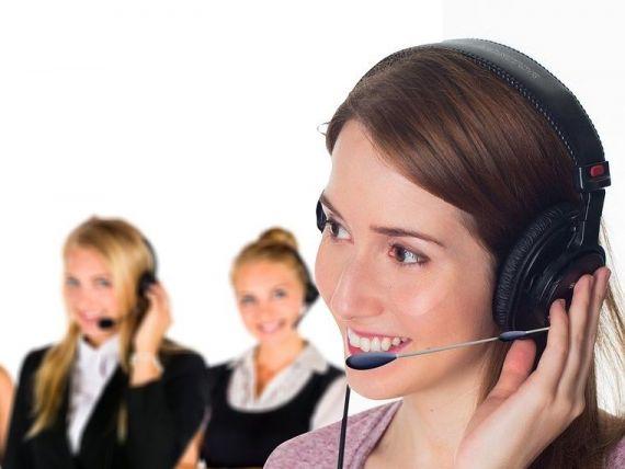 Munca în call-center, de la job studențesc, la un câștig de 8.000 lei. Ce limbi străine îți saltă salariul