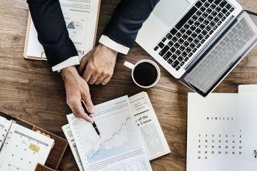 Managerii din România estimează o revenire a activității în majoritatea sectoarelor economiei, în perioada următoare. Comerțul și industria ușoară conduc clasamentul