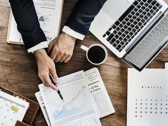 INS: Managerii IMM-urilor se aşteaptă la reducerea cu 50% a activităţii sau chiar închiderea ei, din cauza crizei COVID-19