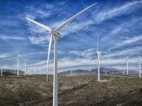 Peste jumătate din producția de energie a țării provine din resurse regenerabile, luni dimineață