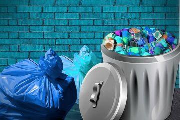 De ce nu pot fi reciclate paharele de iaurt, pixurile, periuțele de dinți sau cutiile de pizza. Lista celor 14 obiecte din viața de zi cu zi care nu pot fi refolosite