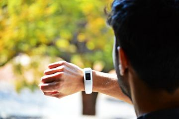 Google a finalizat preluarea FitBit, tranzacție în valoare de 2,1 mld. $