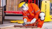 Boala profesională care decimează angajații. Legislația muncii, schimbată pentru protejarea salariaților