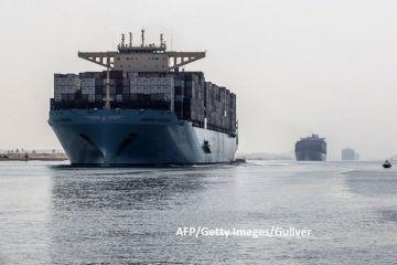 Istoria zbuciumată a Canalului Suez, o aspirație a faraonilor de acum 4.000 de ani. Proiectul titanic, construit de un sfert din populația Egiptului și care a omorât 100.000 de oameni