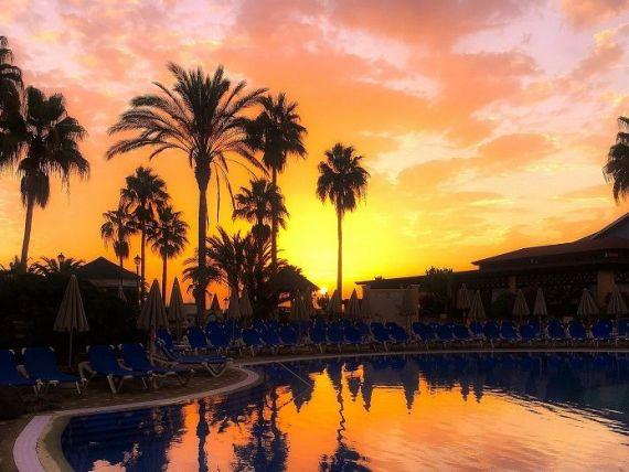 Reduceri de până la 45% la vacanțe de Black Friday, prin MyPal.travel. Cât costă un Revelion în Tenerife sau un city break la Roma