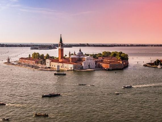 Veneția a organizat referendum pentru a se desprinde de vecinătatea sa continentală