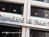 """Standard & Poor's a reconfirmat ratingul României la """"BBB-/A-3"""" recomandat pentru investiții, cu perspectiva negativă. Agenția estimează că economia se va contracta cu 5,5%"""