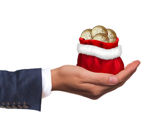 Şapte din zece angajatori nu majorează deloc primele de Crăciun. Cele mai multe companii acordă maximum 500 de lei