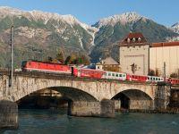 Europenii schimbă avionul cu trenul, ca să salveze planeta. Tot mai multe țări extind rețeaua de trenuri de noapte, ca urmare a cererii masive