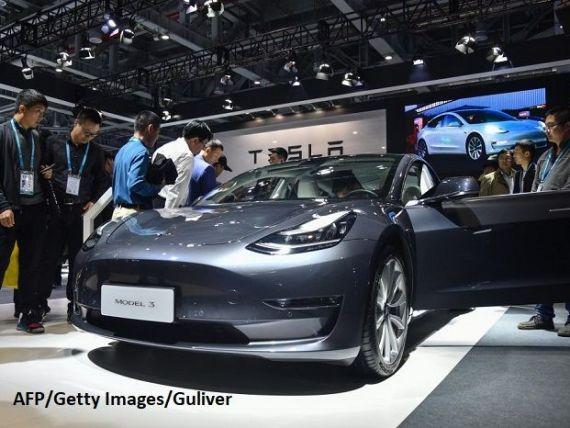 Primele mașini Tesla  made in China  au ieșit pe poarta fabricii. Cât costă Model 3 fabricat la Shanghai
