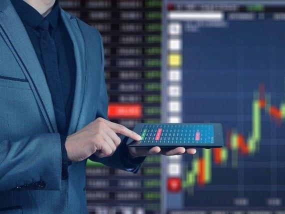 Bursele din SUA şi Europa au început anul 2020 cu noi recorduri, după îmbunătăţirea perspectivelor economice mondiale